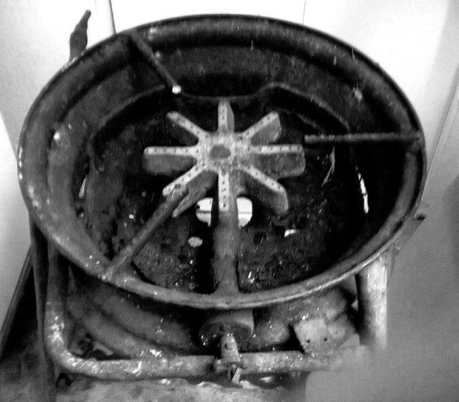 fogón de carbón y gas