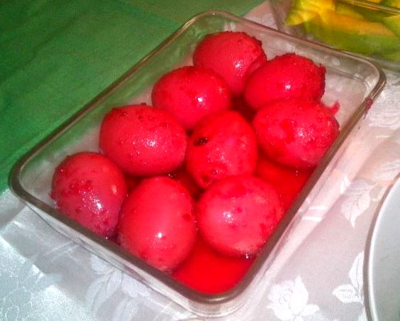 huevos encurtidos