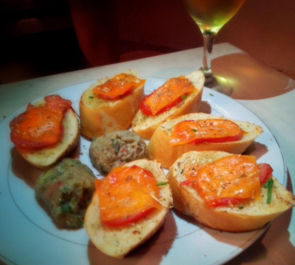 Noche de Bruschetta y Chardonnay (3/5)