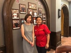 La sous chef con nuestra liaison Sophy Liu